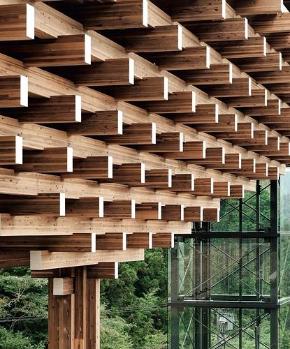 kuma bridge closeup